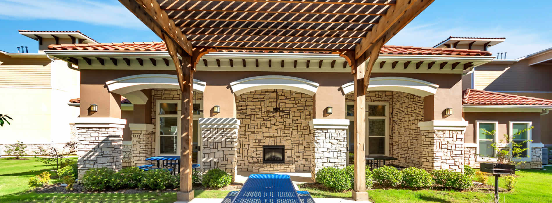 Royal Gardens Apartments | Mineral Wells, TX | (940) 468-2970